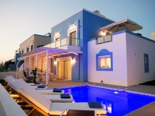Holiday villa beachfront with swimming pool - Kos Town vacation rentals