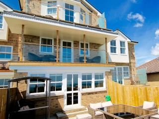 The Bay-4 bed Shanklin  New  stunning view hot tub - Shanklin vacation rentals