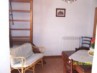 Cozy 3 bedroom Bagni Di Lucca House with Children's Pool - Bagni Di Lucca vacation rentals