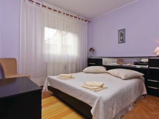 Apartment Veli Vrh Pula 2 - Pula vacation rentals