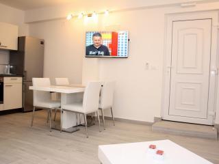 Apartment Vanja Makarska - Makarska vacation rentals