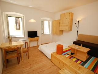 Lil' Lady Apartment - Zaton (Zadar) vacation rentals