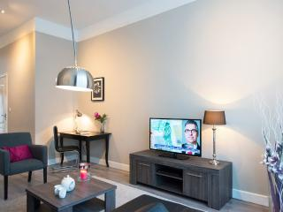 Lovely 2 bedroom Apartment in The Hague with Internet Access - The Hague vacation rentals