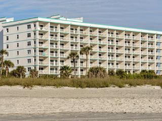 Ideal Location! 2 Bedroom Condo on Cocoa Beach - Cocoa Beach vacation rentals