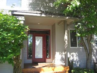 Golden Dreams - Redmond vacation rentals
