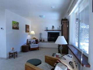 Feel Right at Home - 1 Bedroom 5 miles to Plaza - Santa Fe vacation rentals