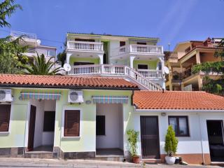 TH00631 Apartments Nenada/ A1 Red Apartment - Rabac vacation rentals