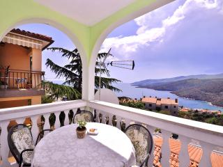 TH00631 Apartments Nenada / A2 White Apartment - Rabac vacation rentals