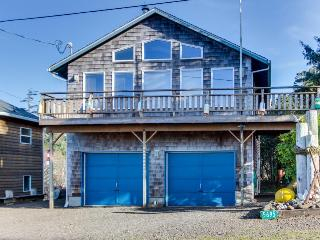 Cozy dog-friendly beach home w/ ocean & lake views & firepit! Only 8 mi. to town - Cape Meares vacation rentals