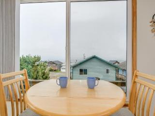 Oceanview, pet-friendly house - walk to the beach! - Lincoln City vacation rentals