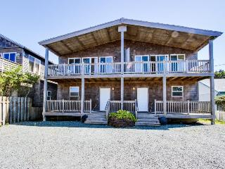 Sunny duplex with ocean views, space for 20 & pets ok! - Rockaway Beach vacation rentals