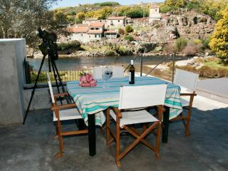 Bright Cottage with Internet Access and Dishwasher - Vila Franca da Serra vacation rentals