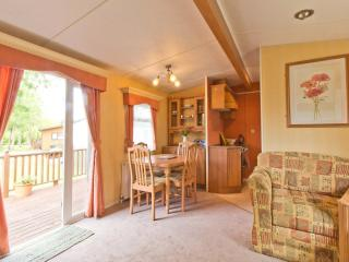 Ref 60036 - (plot 11) -Carlton Meres 6 berth dog friendly caravan. - Saxmundham vacation rentals