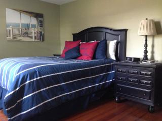 Jamestown Conanicut Island Retreat-The Island Life - Jamestown vacation rentals