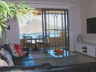 Beach Apartment 26 - Spectacular sea view Hout Bay - Hout Bay vacation rentals