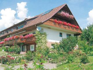 Vacation Apartment in Weilheim (BW) - 484 sqft, 1 bedroom, max. 2 persons (# 8032) - Weilheim vacation rentals