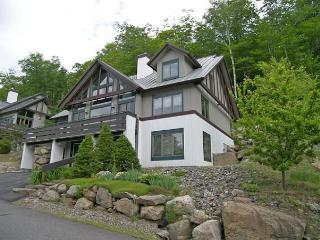 K0012- Managed by Loon Reservation Service - NH M&R:056365/Business ID:659647 - Lincoln vacation rentals