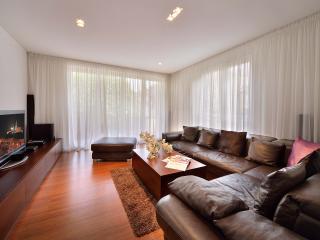 1 BDR apartment Jakubovo namestie 9 - Bratislava vacation rentals
