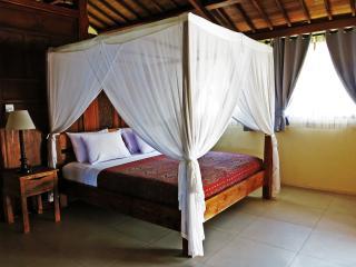 2 bedroom Villa with Internet Access in Gili Air - Gili Air vacation rentals