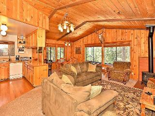 4BR/3BA House in Tahoe Donner, Rec Center, Golf, Ski Access, Sleeps 10 - Truckee vacation rentals
