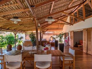 Villa Lakana en bordure de plage - Nosy Be vacation rentals