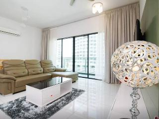 Perfect GetTogether in Penang, Pearl of the Orient - Bayan Lepas vacation rentals