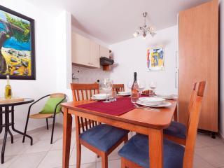 1 bedroom Apartment with Parking in Vodnjan - Vodnjan vacation rentals