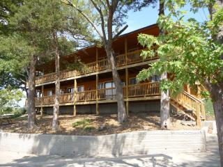 Vacation Resort on The Lake of The Ozarks - Camdenton vacation rentals