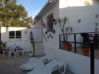 Comfortable 2 bedroom Bungalow in Estacion de Cartama - Estacion de Cartama vacation rentals