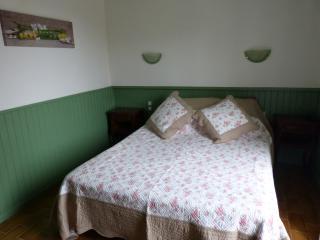 2 bedroom Bed and Breakfast with Internet Access in Bonifacio - Bonifacio vacation rentals