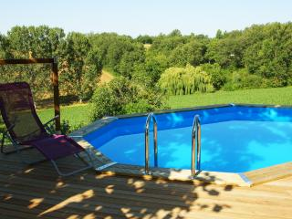 2 bedroom Gite with Internet Access in Lempaut - Lempaut vacation rentals