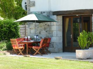 Perfect Gite with Internet Access and Satellite Or Cable TV - Parcoul vacation rentals