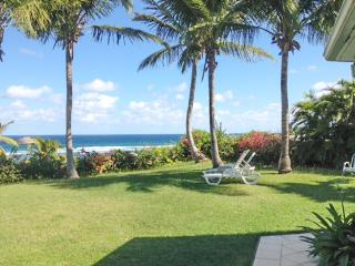 Idyllic villa in Saint-François, Guadeloupe, w/ air con, WiFi & panoramic sea view - 300m from beach - Saint-François vacation rentals