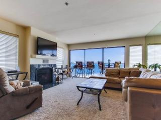 Joey`s Riviera Villa at Beautiful Mission/Sail Bay with Portable AC, Panoramic - San Diego vacation rentals