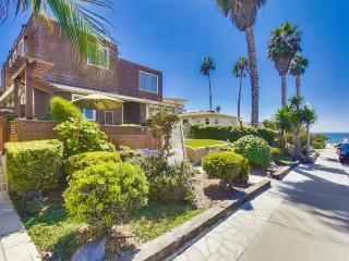 CJ`s Ocean Oasis with AC, 5 Houses from Ocean - San Diego vacation rentals