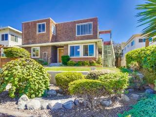 CJ's Ocean Oasis with AC, 5 Houses from Ocean - Pacific Beach vacation rentals