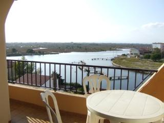 Bright 2 bedroom Roses Apartment with Balcony - Roses vacation rentals