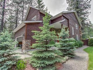 Luxurious home close to resort, trails, and lake - dogs ok! - Sandpoint vacation rentals