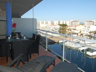 2 bedroom Apartment with A/C in Roses - Roses vacation rentals