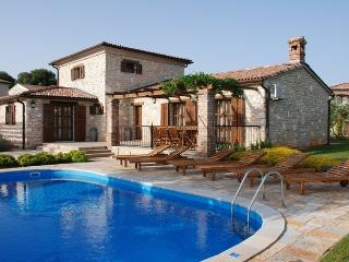 Villa Jurinea**** - Barat vacation rentals