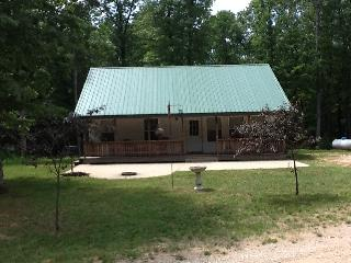 Beautiful Cottage with Deck and A/C - Wellston vacation rentals