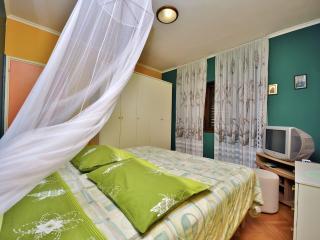 TH00644 Apartments Gabrijela / A1 Two bedrooms - Porec vacation rentals