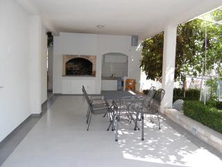 TH00586 Apartments Biserka / S5 Room - Vodice vacation rentals