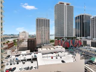 THE LOFT 2 – IN HEART OF DOWNTOWN MIAMI, FREE PARKING! - Miami vacation rentals