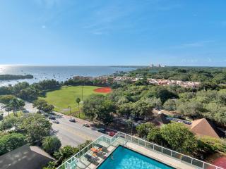 OWNER'S SPECIAL-SONESTA GROVE 1/2-$159 thru 9/1!! - Coconut Grove vacation rentals
