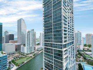 Luxurious 1/1 at Icon/Brickell only $139 thru 9/1! - Miami vacation rentals