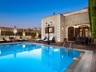 Comfortable Villa with Internet Access and A/C - Atsipópoulon vacation rentals