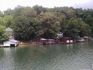Single family residential home - Lake Lure vacation rentals