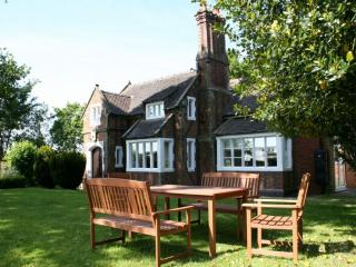 ORGREAVE LODGE, Orgreave, Burton on Trent, Staffordshire - Alrewas vacation rentals