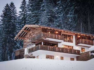 Luxury Chalet in Zillertal with sauna - Hart im Zillertal vacation rentals
